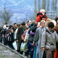 Volunteer to help refugees